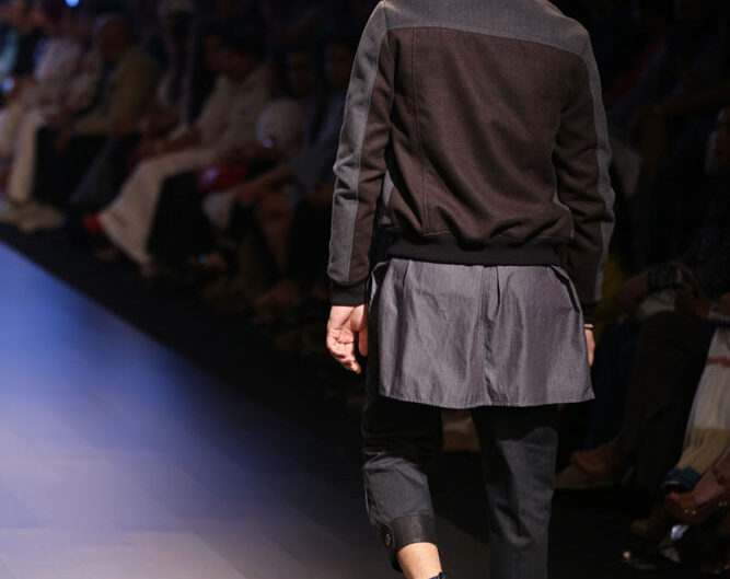 vaibhav_singh_lakme_fashion_week_menswear_look_2_back